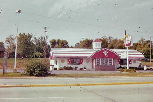 Dutch Pantry at St Rt 48 and I 70 in Englewood - 1975